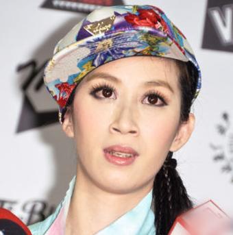 陈汉典女���+�,_台女模因撞脸陈汉典走红 接男装代言